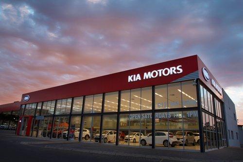 Kia Silverlakes dealer image0