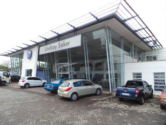 Lindsay Saker VW Edenvale dealer image0