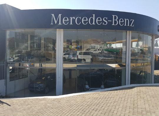 Mercedes-Benz Marlboro dealer image0