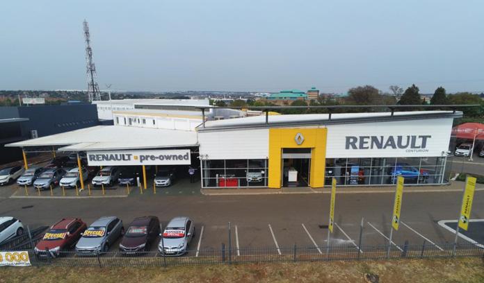 Motus Renault Centurion dealer image0