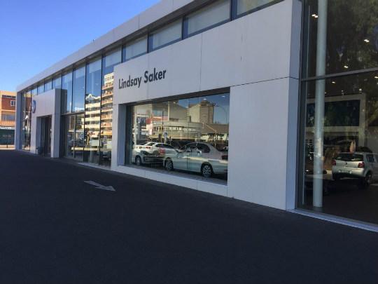 Lindsay Saker VW Bloemfontein dealer image0
