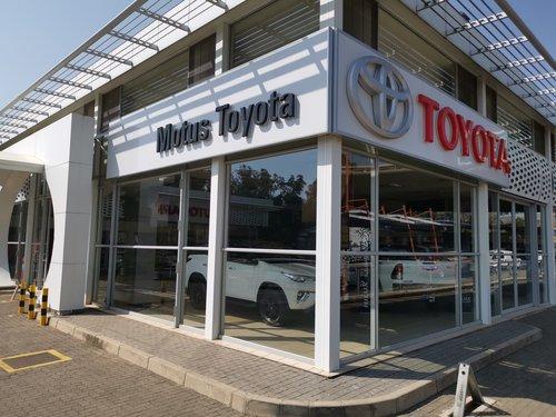 Motus Toyota Parktown dealer image0