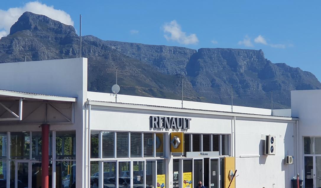 Motus Renault Cape Town dealer image0